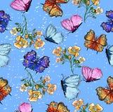 Nahtloses Muster mit Schmetterling und Blumen Stockbild