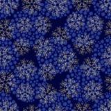 Nahtloses Muster mit Schneeflocken Stockbilder