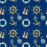 Nahtloses Muster mit Seeelementen, auf dunkelblauem Hintergrund Altes Meer binokular, Rettungsring, antike Segelbootsteuerung Stockfoto