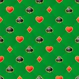 Nahtloses Muster mit Spielkarteklagen auf grünem Hintergrund vektor abbildung