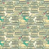 Nahtloses Muster mit Stapeln Büchern und Herzen lizenzfreie abbildung
