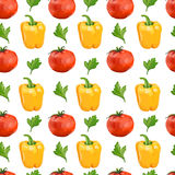 Nahtloses Muster mit Tomaten, gelbem Pfeffer und Stockfotografie