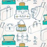 Nahtloses Muster mit vielen Taschen und Koffern Stockfotografie