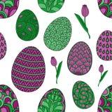 Nahtloses Muster mit von Hand gezeichneten Ostereigekritzeln und -tulpen Vektorhintergrund, Farbbild auf weißem Hintergrund stock abbildung