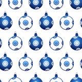 Nahtloses Muster mit Weihnachtskugeln Lizenzfreies Stockbild