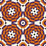 Nahtloses Muster in traditionellen Farben Halloweens Dekorative runde Verzierung des bunten Kaleidoskops auf weißem Hintergrund Lizenzfreie Stockfotografie