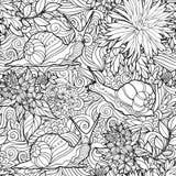 Nahtloses Muster von Blumen und von Schnecken Lizenzfreie Stockbilder