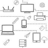Nahtloses Muster von elektronischen Geräten für die Medien und das Internet im Weiß Auch im corel abgehobenen Betrag Stockfoto