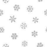 Nahtloses Muster von fallenden silbernen Schneeflocken Lizenzfreies Stockbild