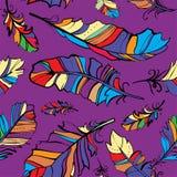 Nahtloses Muster von farbigen Federn vektor abbildung