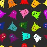 Nahtloses Muster von farbigen Geistern flach Stockfoto