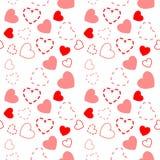 Nahtloses Muster von kleinen roten Herzen Lizenzfreie Stockfotos