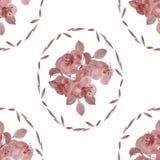 Nahtloses Muster von roten Blumen und von Blättern in einem ovalen Rahmen auf einem weißen Hintergrund watercolor Lizenzfreie Stockfotos