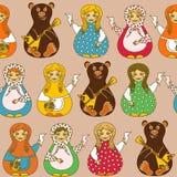 Nahtloses Muster von russischen Puppen und von Bären Lizenzfreie Stockbilder