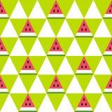 Nahtloses Muster von Wassermelonenscheiben im geometrischen Stil Lizenzfreie Stockfotos