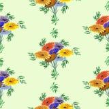 Nahtloses Musteraquarell von Grünblättern und von hellen Blumen auf einem hellgrünen Hintergrund geometrisch Stockfotografie
