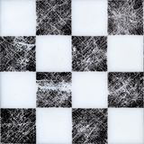 Nahtloses Schachbrett auf die Oberseite Schwarzweiss-Beschaffenheit mit Kratzern stockbilder