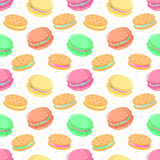 Nahtloses Vektorlebensmittelmuster mit Makronen und Sandwichplätzchen Stockfotografie