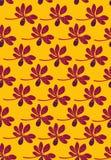 Nahtloses Vektormuster mit Reihen von purpurroten tropischen Blumen auf gelbem Hintergrund stock abbildung