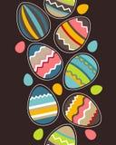 Nahtloses vertikales Ostern-Muster mit Eiern Lizenzfreies Stockfoto
