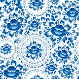 Nahtloses Verzierungsmuster der Weinlese mit blauem Blumen und Blätter gzhel Vektor Stockfotos