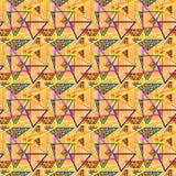 Nahtloses wiederholendes Muster von Dreiecken und von Punkten Lizenzfreie Stockbilder