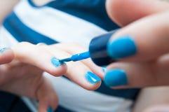 Nailpolish blu Fotografia Stock Libera da Diritti