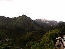Nainital Timelapse del camino de Nainital Kaladhungi almacen de metraje de vídeo