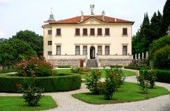 Nains de Valmarana de villa situés dans les montagnes de Berici dans la province de Vicence en Vénétie (Italie) Photographie stock