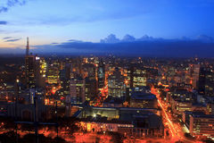 Nairobi Kenya na noite Fotos de Stock Royalty Free