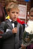 najpierw dzwoni Wrzesień 1, wiedza dzień w rosjanin szkole Dzień wiedza pierwszy dzień szkoły Obraz Stock