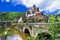 Najwięcej pięknych wiosek Francja, Estaing - zdjęcie stock