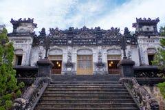 Najwięcej znakomitego miejsca w Khai Dinh grobowu w Vietnam obrazy stock
