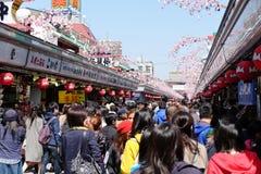 Nakamise zakupy ulica w Asakusa Obrazy Stock