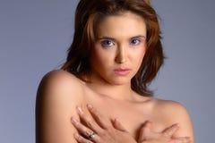 naken brunett Arkivfoton