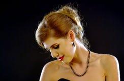 Nakenstudie knuffar kvinnan Naken tillbaka flicka Royaltyfri Fotografi