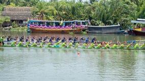 Nakhon Pathom, Thailand - Maart 26: Het lange Festival van het Bootras bij W royalty-vrije stock foto