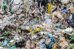 NAKHON PHANOM, THAÏLANDE - 25 JUIN : Élimination des déchets municipale par o Images stock