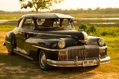 Nakhon Ratchasima, ΤΑΪΛΑΝΔΗ - 13 Ιουνίου: Το εκλεκτής ποιότητας αυτοκίνητο Desoto είναι α Στοκ Εικόνες