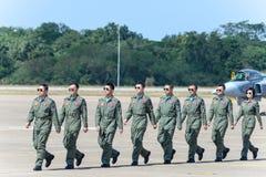 NAKHON RATCHASIMA 27 NOVEMBRE : L'affichage des acrobaties aériennes partagées Photo stock