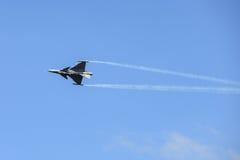 NAKHON RATCHASIMA 27 NOVEMBRE : L'affichage des acrobaties aériennes partagées Photos libres de droits