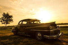 Nakhon Ratchasima, TAILÂNDIA - 13 de junho: Carro retro do vintage de Desoto Imagens de Stock