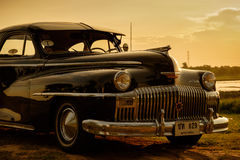 Nakhon Ratchasima TAJLANDIA, CZERWIEC, - 13: Rocznik samochodowy Desoto jest a Obraz Royalty Free