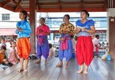 NAKHON RATCHASIMA THAILAND - JULI 11: Oidentifierad Korat musik Arkivfoton