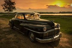 Nakhon Ratchasima, THAILAND - JUNI 13: De uitstekende auto Desoto is a Stock Foto's