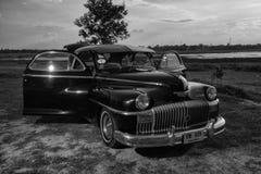 Nakhon Ratchasima, THAILAND - JUNI 13: Desoto retro uitstekende auto Royalty-vrije Stock Fotografie