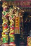 Nakhon Sawan Thailand mars 15, 2015: Pelare som dekoreras med dren Royaltyfri Bild