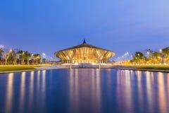 NAKHONPATHOM, ТАИЛАНД - 13-ое марта 2015: Концертный зал на Mahidol Uni стоковые фото