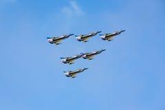 Nakhonratchasima, THAILAND am 26. November 2015: F16 Gripen und Au Lizenzfreies Stockfoto