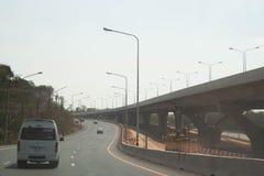 Nakorn Ratchasima,泰国:2019年3月11日-新的机动车路路线工地工作从轰隆Pa Nakorn Ratchasima的, 免版税库存图片